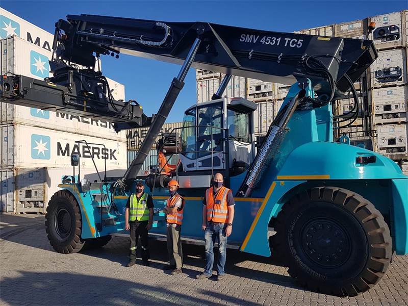 Konecranes delivers African industry first reach stacker to APM Terminals in PE
